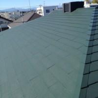 東京都東大和市の屋根塗装工事はモスグリーンで施工