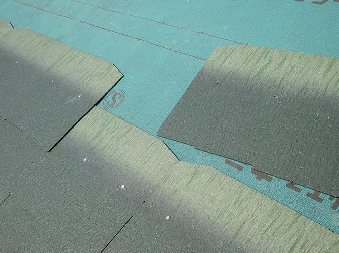 防水シート・屋根材の設置