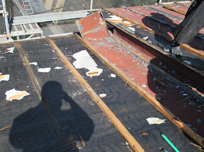 トタン屋根の撤去