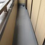 足立区W様邸のバルコニー防水工事 – バルコニーの定期的な床メンテナンス