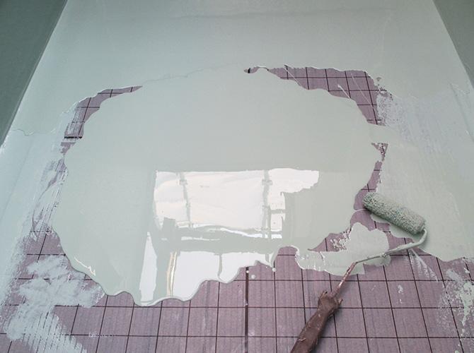 バルコニー床部分の防水材の塗布