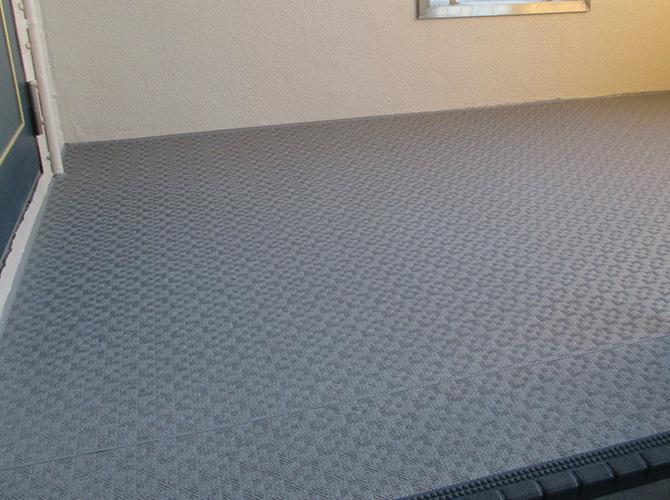 床部分の長尺シート完了後