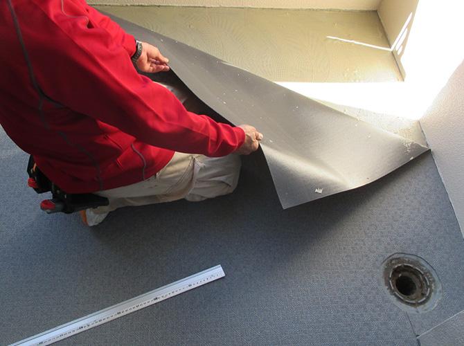 床部分のシート設置