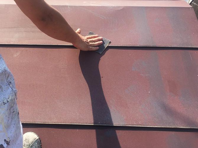 屋根のケレン清掃