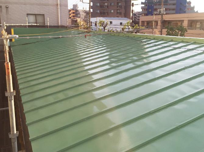 屋根塗装の上塗り完了後