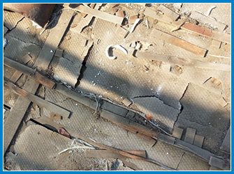 屋根の防水シートの劣化状況