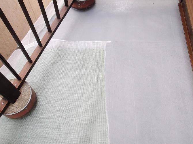 バルコニー床面の防水材塗布