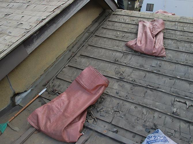 瓦屋根の撤去完了後