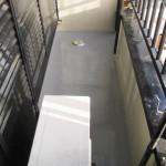 川崎市K様邸のベランダ防水リフォーム – ベランダの床の汚れのメンテナンス
