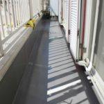 足立区Y様邸のバルコニー防水工事 – バルコニーのウレタン防水リフォーム