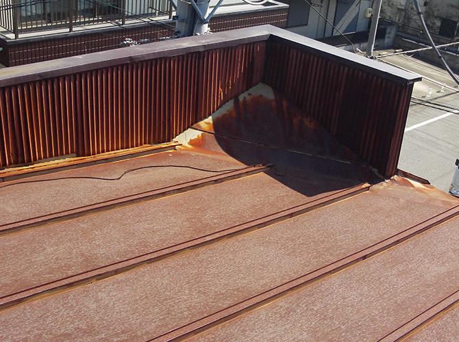 トタン屋根の劣化状況