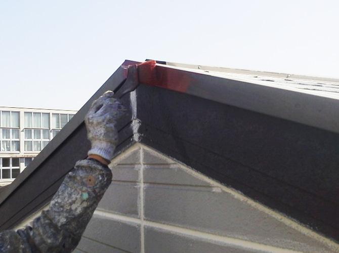 屋根板金の鉄部錆止め塗装