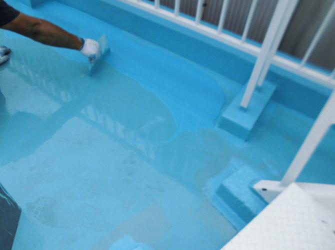 ウレタン防水材の2層目