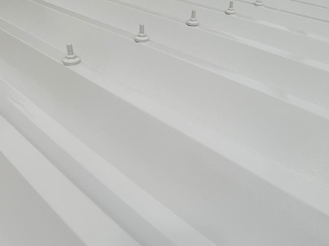 折板屋根塗装の施工完了後