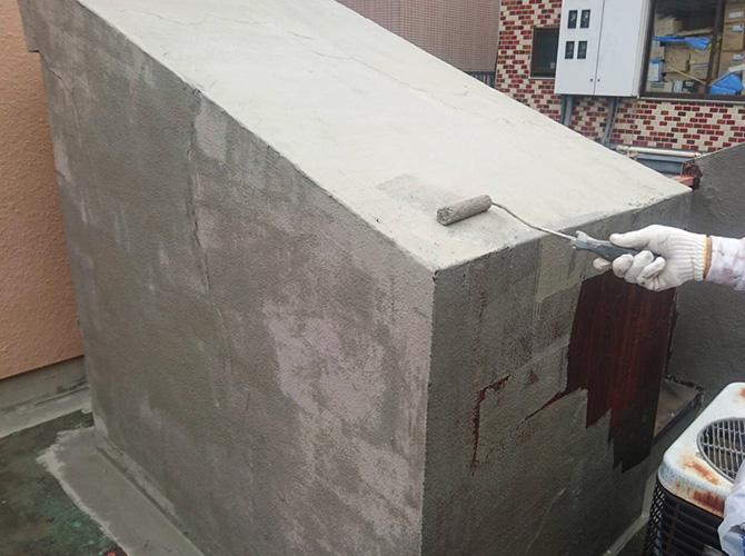 屋上設備の樹脂モルタル塗布