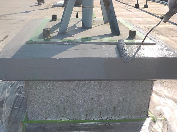 屋上避雷針まわりの防水