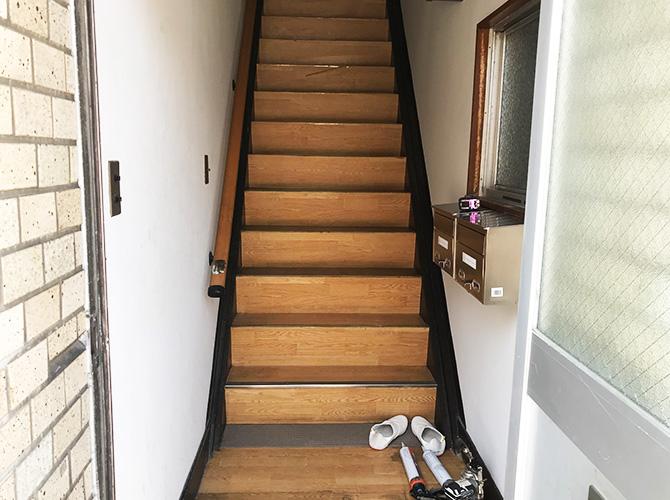 内部階段の施工前