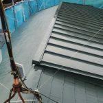 大田区N様邸の屋根塗装 – スレート屋根とトタン屋根の塗り替えリフォーム