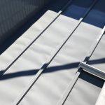足立区H様邸の屋根塗り替えリフォーム – トタン屋根の錆止め塗装工事