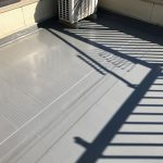 新宿区G様邸の屋上防水工事 – 屋上の定期的なウレタン防水リフォーム