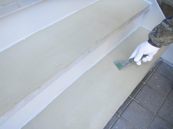 樹脂モルタルの調整
