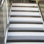 豊島区Cマンションの階段長尺シート工事 – マンション共用部の修繕リフォーム