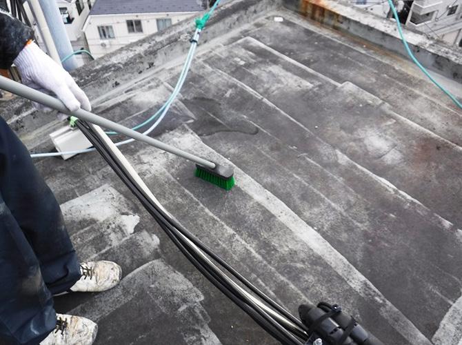 屋上塔屋の清掃