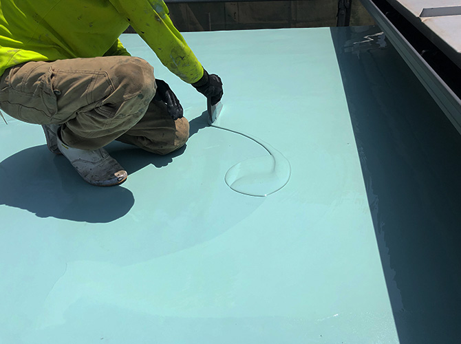 屋上のウレタン防水材二層目