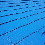 足立区K様邸の屋根塗り替え工事 – ブルー系の配色で屋根塗装リフォーム