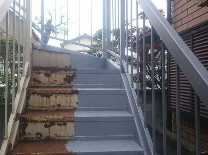 鉄骨階段のサビ止め塗装