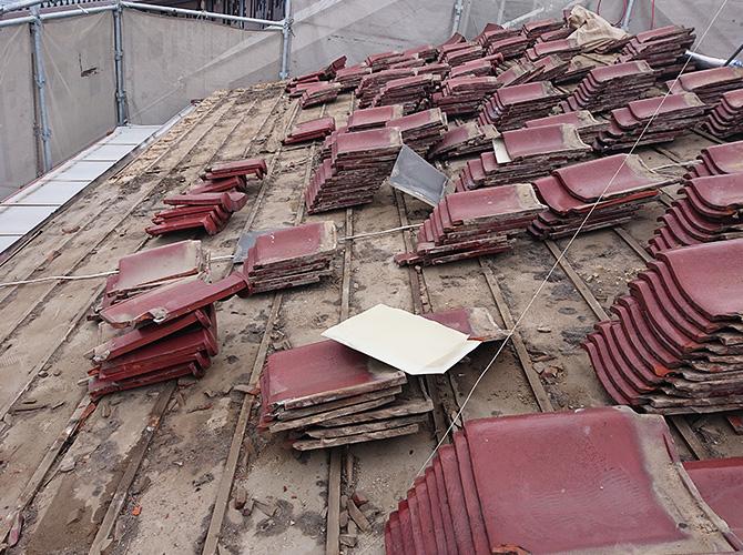 桟瓦の撤去