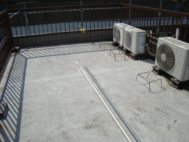 屋上の防水工事の施工前