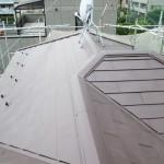 戸田市S様邸の屋根の重ね葺き工事 – 屋根のカバー工法で屋根リフォーム
