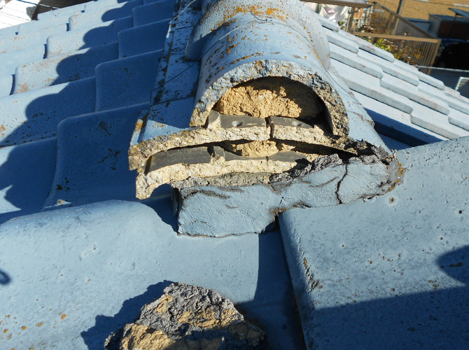 瓦屋根の劣化状況