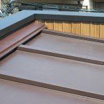 足立区K店舗の屋根葺き替え工事 – トタン屋根の葺き替えリフォーム