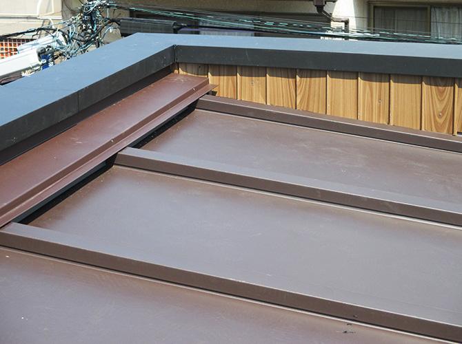 トタン屋根葺き替え工事の施工完了後