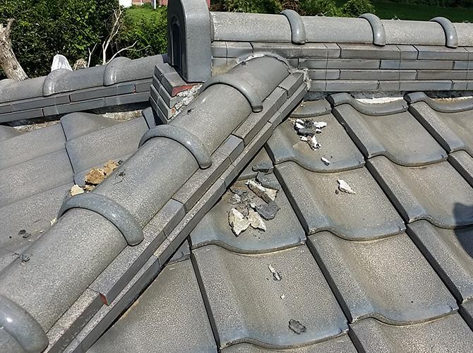瓦屋根の補修前