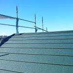 横浜市E様邸の屋根重ね葺きリフォーム – 屋根メンテナンスにカバー工法