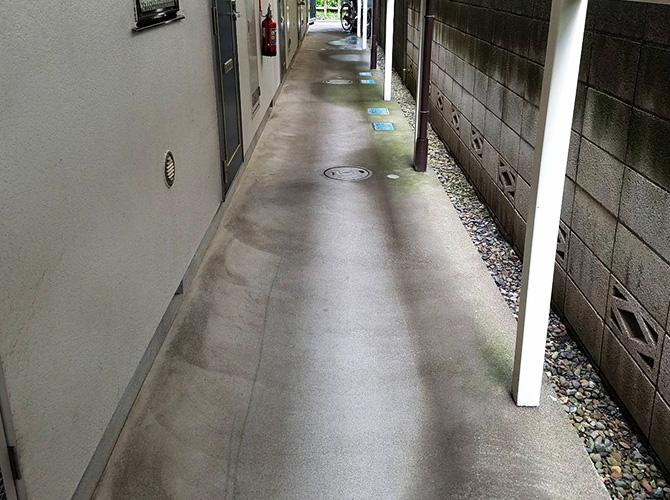 廊下の長尺シート工事施工前