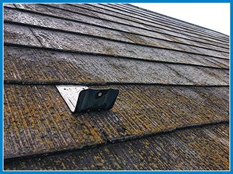 屋根のコケ・藻の経年劣化