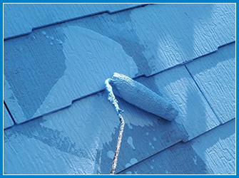 ガイナの屋根塗装中