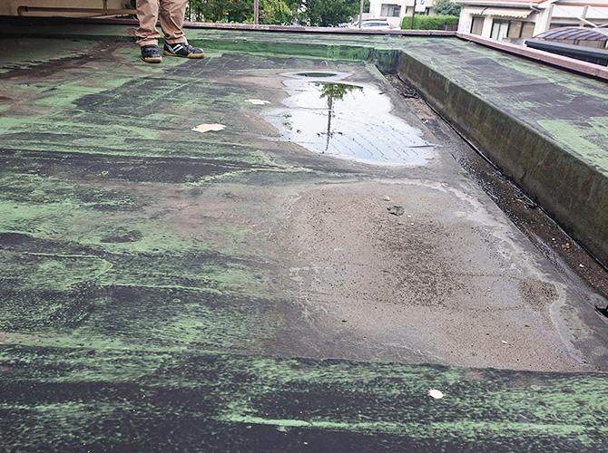 エントランス屋根の施工前