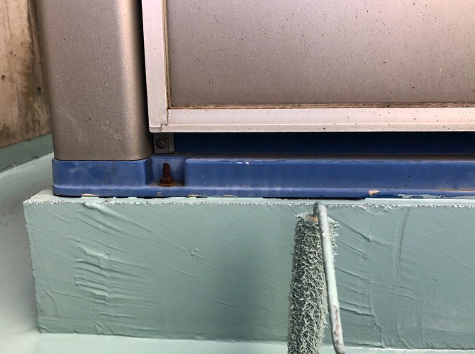 架台のウレタン防水塗布