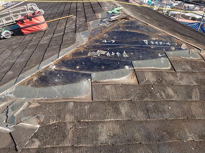 劣化屋根材の撤去